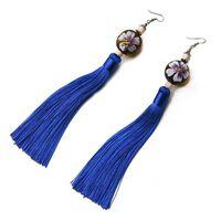 Boucles d'oreilles - Style chinois avec boule en bois / pompon bleu