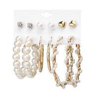 6 paires de boucles d'oreilles de différents modèles - perles